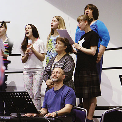 The Art  of Worship in Today's Russia